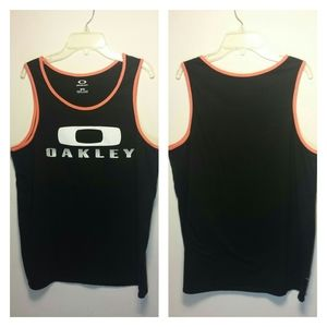 Oakley tank top in black and peach sz med